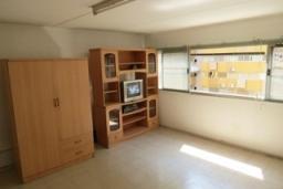 ให้เช่าห้อง   ห้องขนาดกลางด้านใน อาคาร C2 ชั้น 8