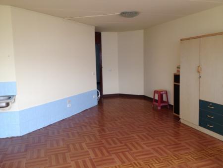 ให้เช่าห้อง   ข้างห้องมุม อาคาร T8 ชั้น 10