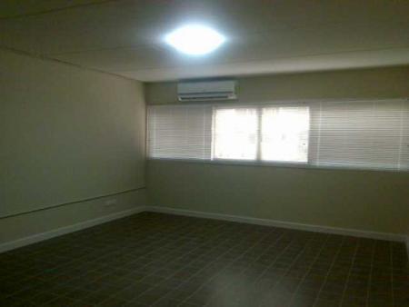 ให้เช่าห้อง   ห้องเล็กด้านใน อาคาร T7 ชั้น 9
