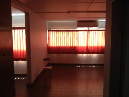 ให้เช่าห้อง   ห้องขนาดกลางด้านนอก อาคาร C7 ชั้น 16