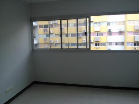 ให้เช่าห้อง   ห้องขนาดกลางด้านใน อาคาร T4 ชั้น 10