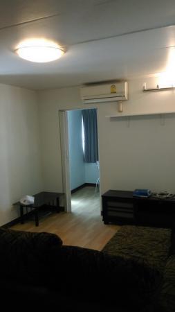 ให้เช่าห้อง   ห้องมุม อาคาร T10 ชั้น 9