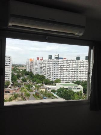 ให้เช่าห้อง   ข้างห้องมุม อาคาร T8 ชั้น 11