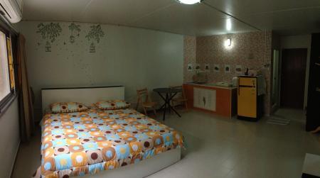 ให้เช่าห้อง   ห้องเล็กด้านใน อาคาร T9 ชั้น 4