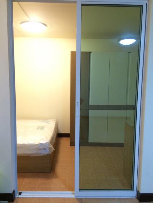 ให้เช่าห้อง   ห้องขนาดกลางด้านใน อาคาร T2 ชั้น 2