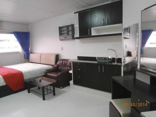 ให้เช่าห้อง   ข้างห้องมุม อาคาร P1 ชั้น 10