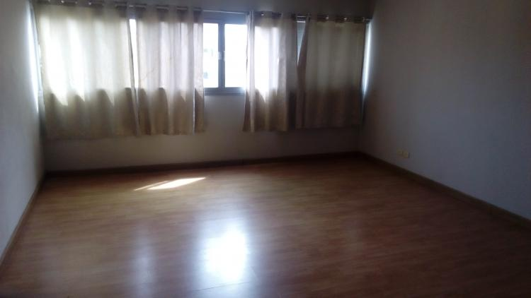 ให้เช่าห้อง   ห้องขนาดกลางด้านใน อาคาร T7 ชั้น 14