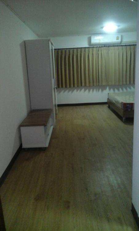 ขายห้อง ห้องเล็กด้านนอก อาคาร T7 ชั้น 7