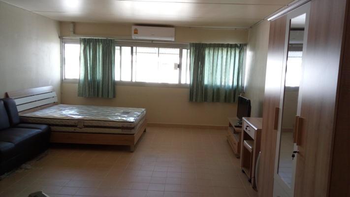ให้เช่าห้อง   ข้างห้องมุม อาคาร C1 ชั้น 15