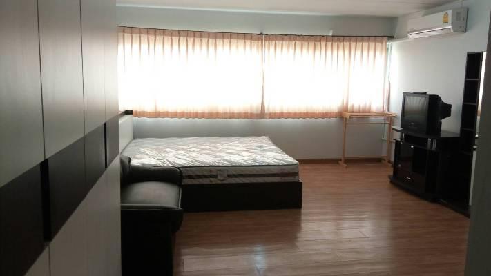 ให้เช่าห้อง   ห้องเล็กด้านใน อาคาร T6 ชั้น 11