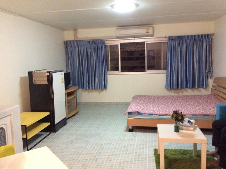 ให้เช่าห้อง   ข้างห้องมุม อาคาร T4 ชั้น 7