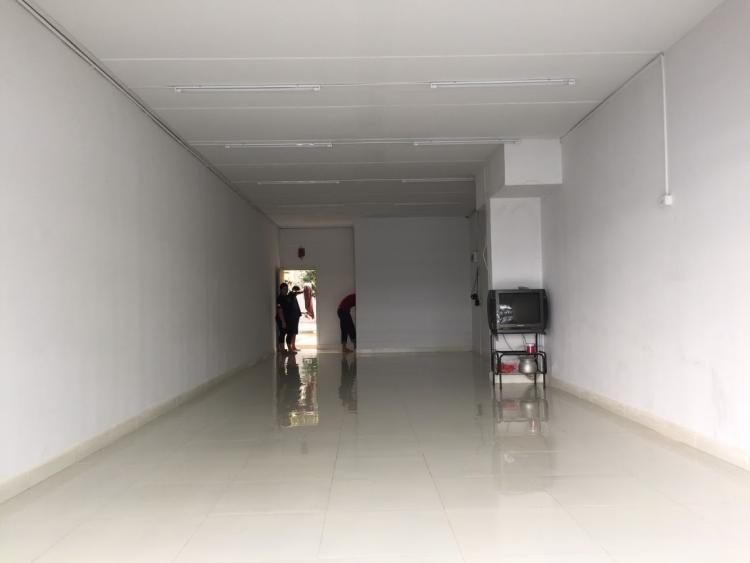 ให้เช่าห้อง   Shop ยาว อาคาร T4 ชั้น 1