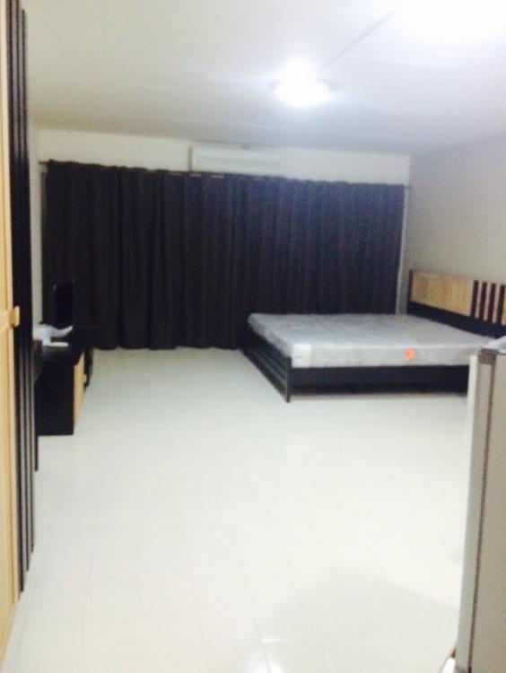 ให้เช่าห้อง   ข้างห้องมุม อาคาร C4 ชั้น 7