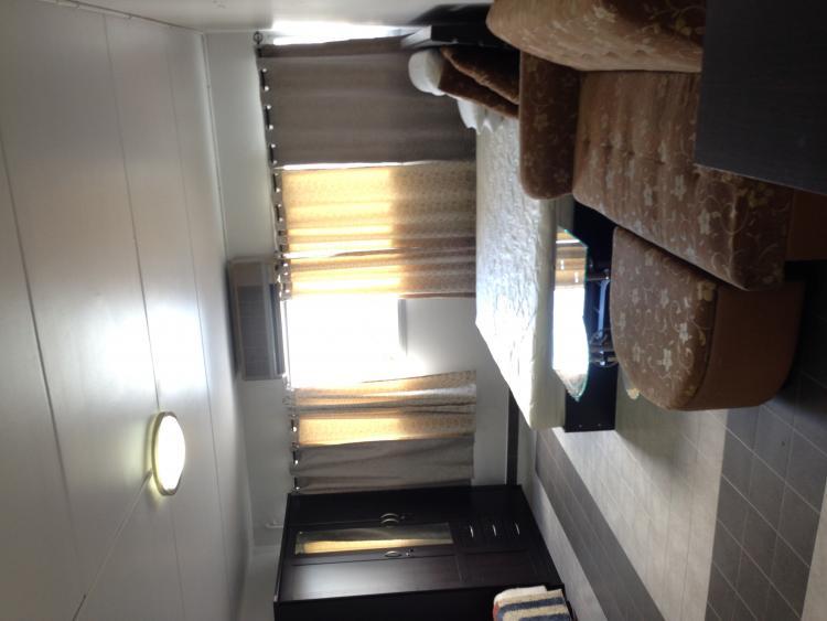 ให้เช่าห้อง   ห้องขนาดกลางด้านนอก อาคาร C3 ชั้น 8