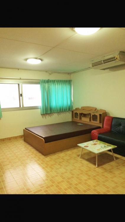 ให้เช่าห้อง   ห้องขนาดกลางด้านนอก อาคาร C6 ชั้น 8
