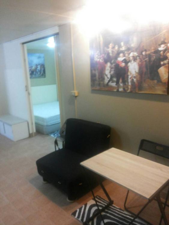 ให้เช่าห้อง   ห้องขนาดกลางด้านนอก อาคาร C8 ชั้น 3