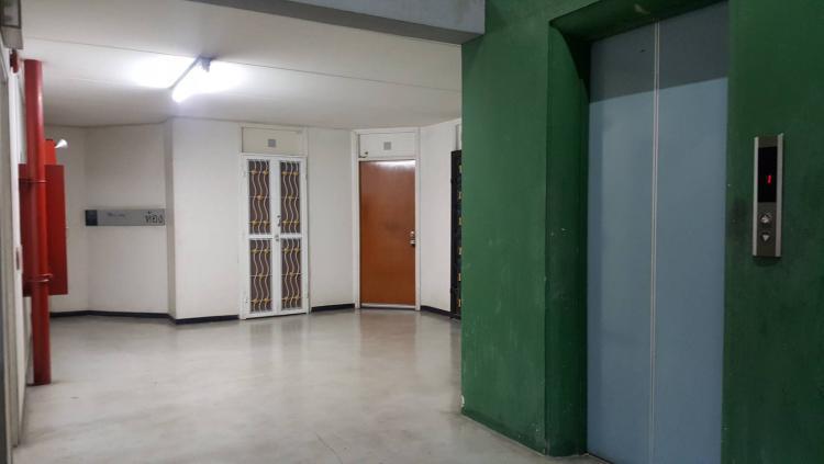 ให้เช่าห้อง   ข้างห้องมุม อาคาร T11 ชั้น 12