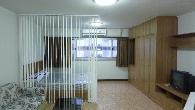 ให้เช่าห้อง   ข้างห้องมุม อาคาร C8 ชั้น 3