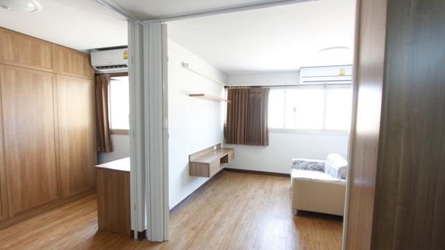 ให้เช่าห้อง   ห้องขนาดกลางด้านนอก อาคาร T1 ชั้น 5