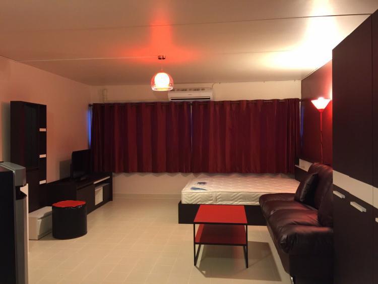 ให้เช่าห้อง   ข้างห้องมุม อาคาร C2 ชั้น 8