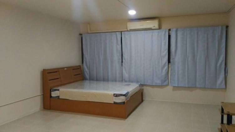 ให้เช่าห้อง   ห้องเล็กด้านนอก อาคาร C9 ชั้น 14