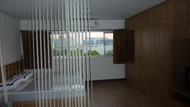 ขายห้อง ห้องเล็กด้านนอก อาคาร T10 ชั้น 7