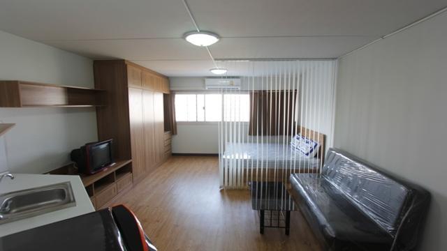 ให้เช่าห้อง   ข้างห้องมุม อาคาร C9 ชั้น 12