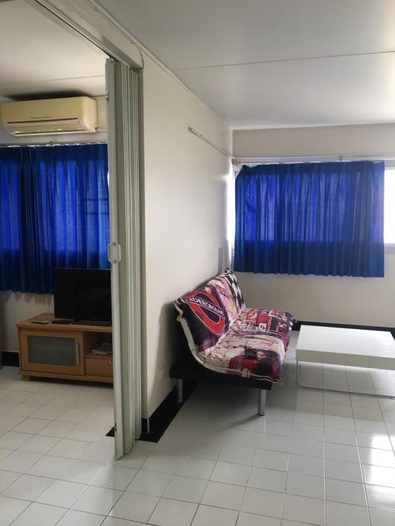 ให้เช่าห้อง   ห้องขนาดกลางด้านนอก อาคาร C9 ชั้น 13