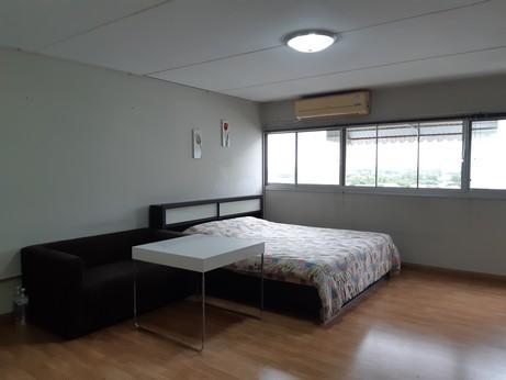 ขายห้อง ห้องเล็กด้านนอก อาคาร T12 ชั้น 10