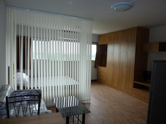ให้เช่าห้อง   ห้องเล็กด้านนอก อาคาร P2 ชั้น 9