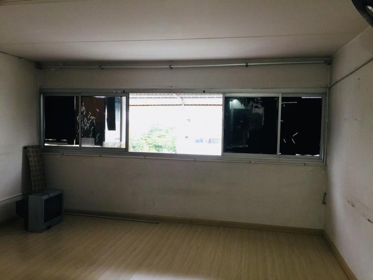 ขายห้อง ห้องขนาดกลางด้านนอก อาคาร T10 ชั้น 6