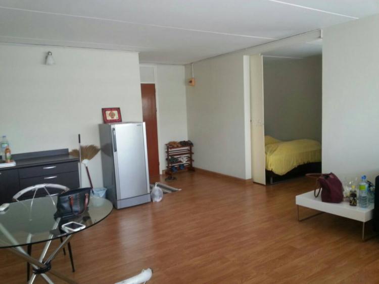 ให้เช่าห้อง   ห้องขนาดกลางด้านนอก อาคาร T7 ชั้น 13