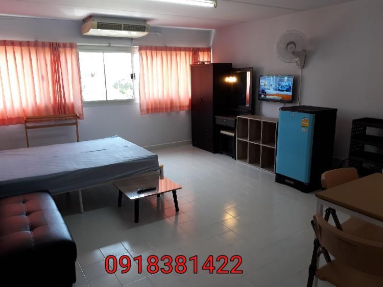 ให้เช่าห้อง   ห้องเล็กด้านนอก อาคาร T11 ชั้น 4