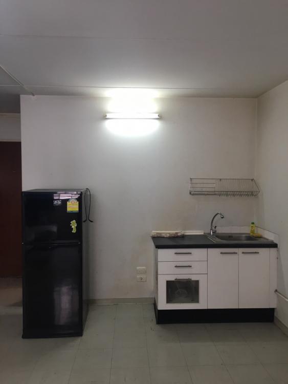 ให้เช่าห้อง   ห้องเล็กด้านนอก อาคาร C6 ชั้น 16