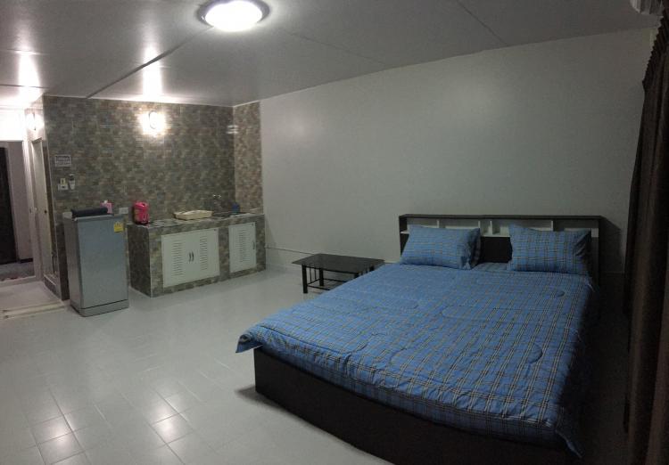 ให้เช่าห้อง   ข้างห้องมุม อาคาร T9 ชั้น 4