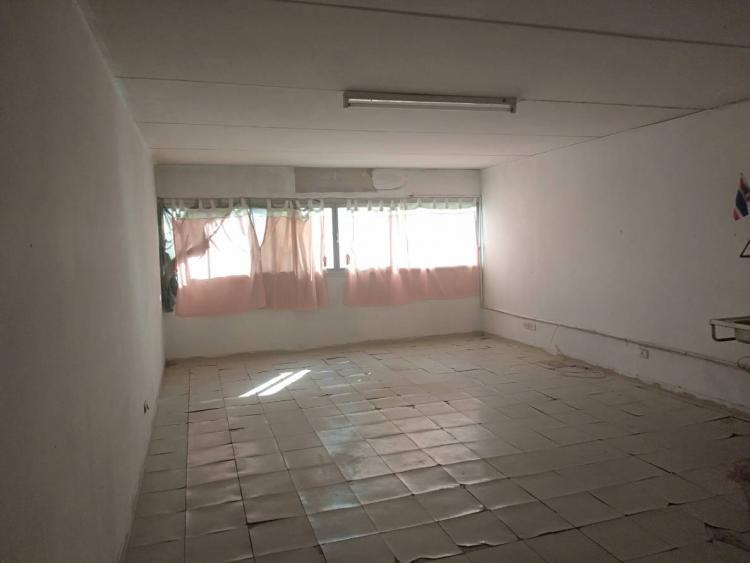 ขายห้อง ห้องเล็กด้านนอก อาคาร T2 ชั้น 7