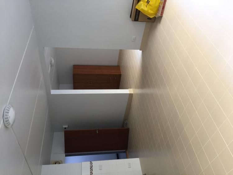 ให้เช่าห้อง   ห้องขนาดกลางด้านใน อาคาร T10 ชั้น 2