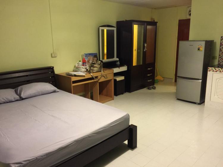 ให้เช่าห้อง   ห้องเล็กด้านนอก อาคาร C5 ชั้น 16