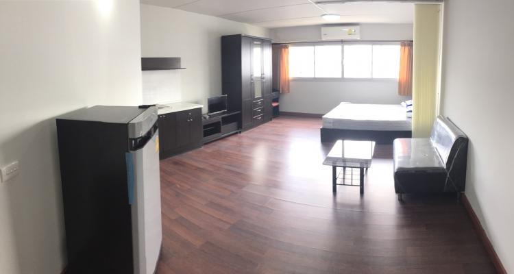 ให้เช่าห้อง   ข้างห้องมุม อาคาร T5 ชั้น 12