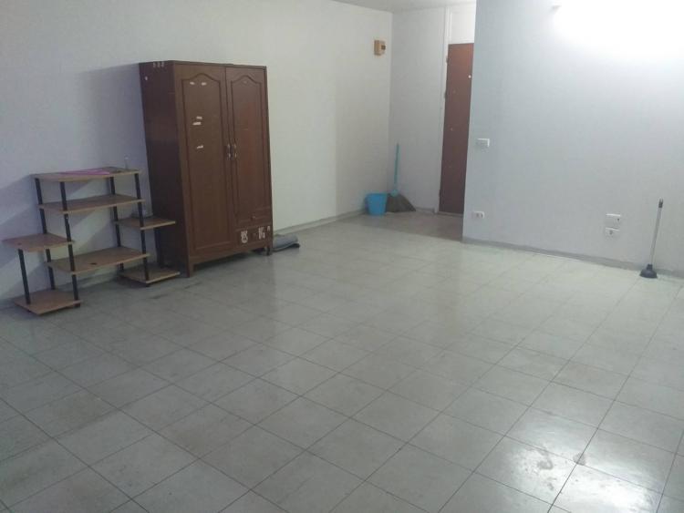 ขายห้อง ห้องเล็กด้านนอก อาคาร C2 ชั้น 13