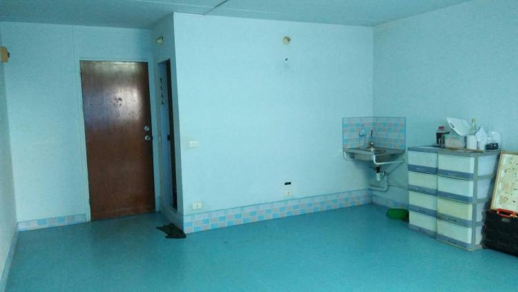 ให้เช่าห้อง   ห้องเล็กด้านนอก อาคาร C7 ชั้น 10