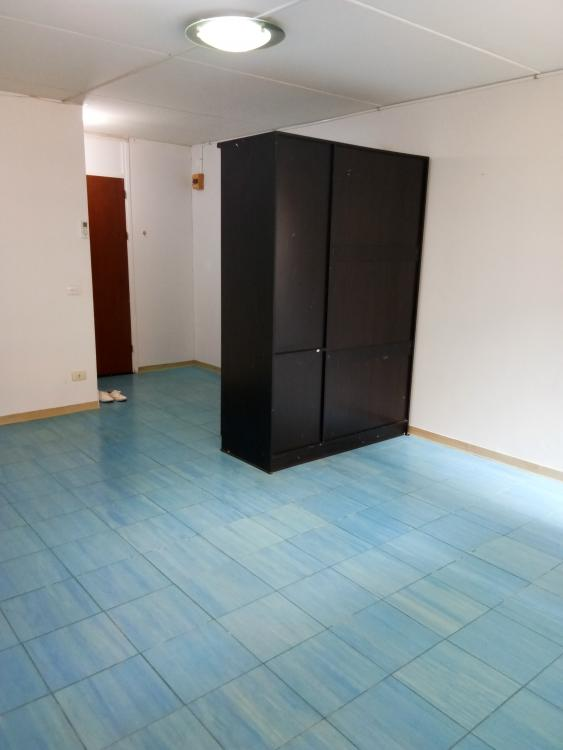 ให้เช่าห้อง   ห้องเล็กด้านใน อาคาร T4 ชั้น 8