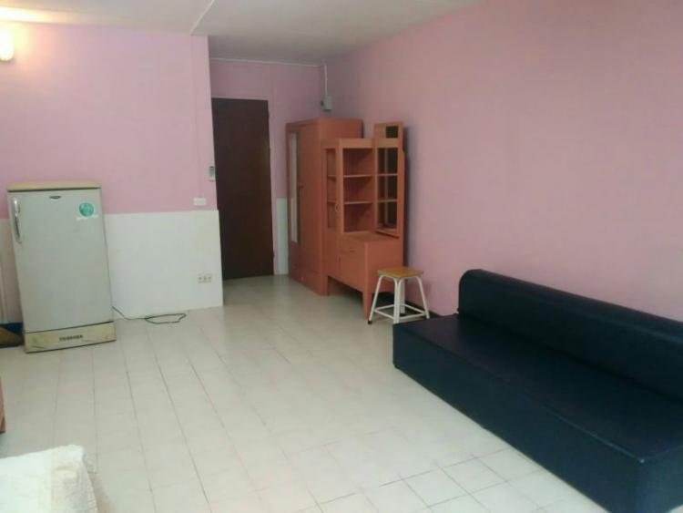 ให้เช่าห้อง   ห้องเล็กด้านใน อาคาร C6 ชั้น 10
