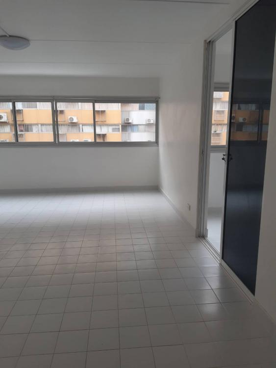 ขายห้อง ห้องขนาดกลางด้านใน อาคาร C1 ชั้น 8