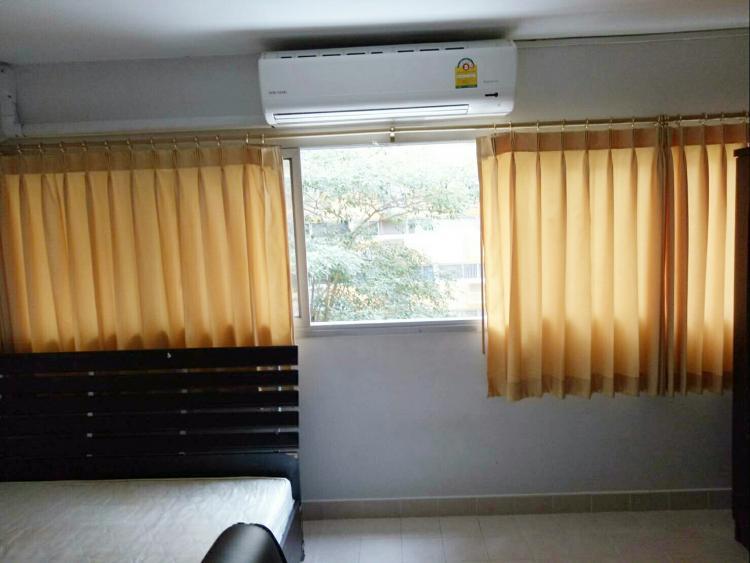 ให้เช่าห้อง   ห้องเล็กด้านนอก อาคาร P2 ชั้น 6