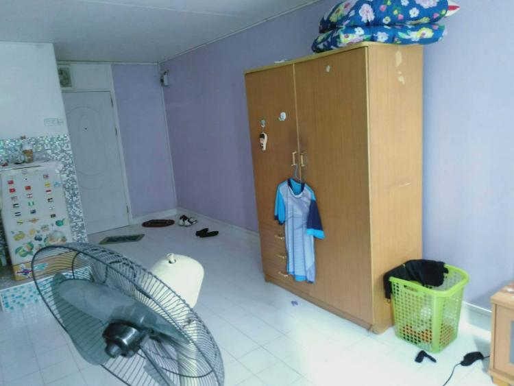 ขายห้อง ห้องเล็กด้านใน อาคาร C9 ชั้น 3