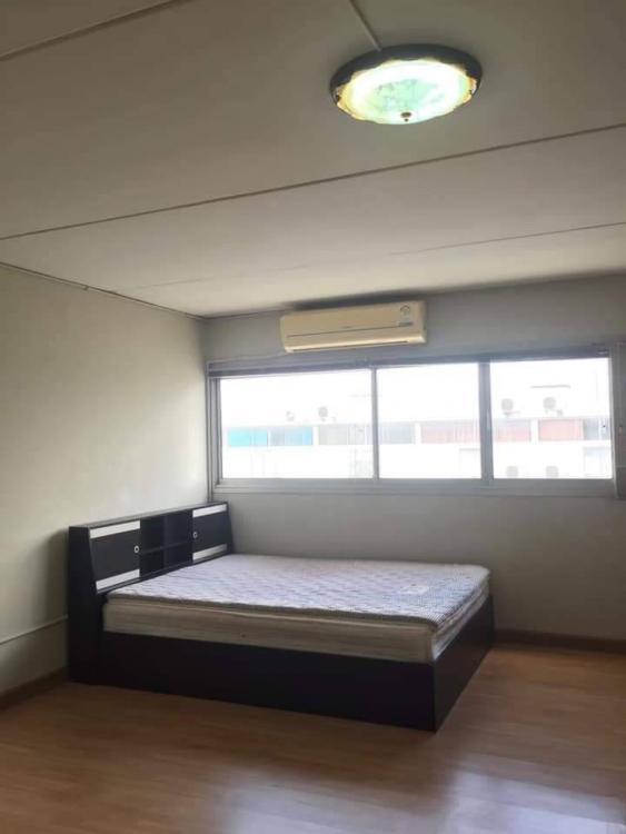 ขายห้อง ห้องเล็กด้านนอก อาคาร T4 ชั้น 11