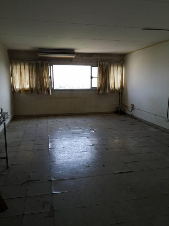 ให้เช่าห้อง   ข้างห้องมุม อาคาร T8 ชั้น 13