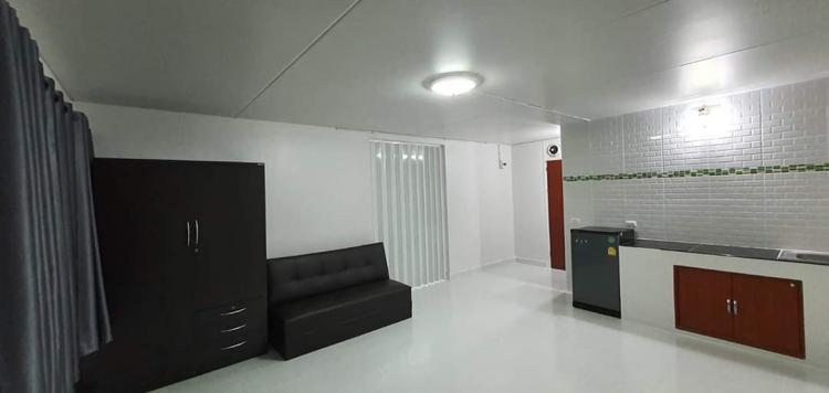 ให้เช่าห้อง   ห้องขนาดกลางด้านนอก อาคาร T6 ชั้น 5