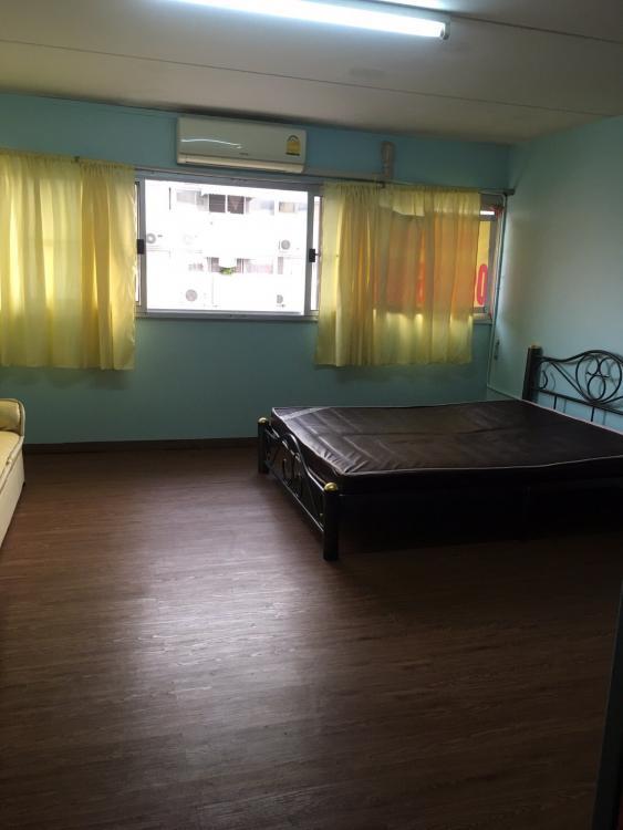 ขายห้อง ห้องเล็กด้านนอก อาคาร C4 ชั้น 8